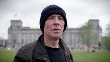 Olaf, 47, macht jetzt Druck für einen Mindestlohn