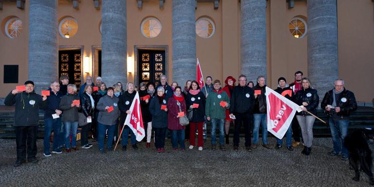 """ver.di Betriebsgruppe des Diakonischen Werkes Oldenburg demonstriert beim """"Abend der Begegnung"""""""